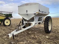 Mobility 800 Dry Fertilizer Spreader