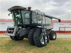 2008 Gleaner A65 4WD Combine
