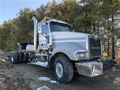 2011 Mack Titan TD713 T/A Truck Tractor (Wrecked)