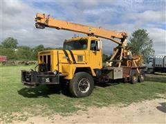 1975 International Paystar 5000 T/A Boom Truck