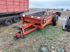 International 550 Manure Spreader