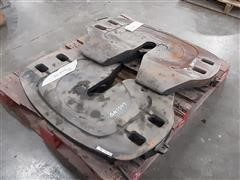 Holland FWS1C724XL00 5th Wheel Hitch Plates
