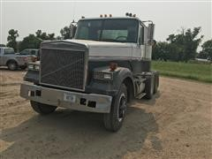 1987 White WCM64T T/A Truck Tractor
