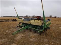 """John Deere 7000 6R36"""" Planter"""
