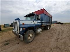 1975 Ford 9000 T/A Silage Truck