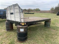 Omaha Standard Hoist Flatbed