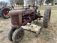 1943 International Farmall H 2WD Tractor (Inoperable)