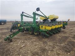 John Deere 1780 MaxEmerge Plus VacuMeter 16R30 Planter