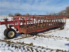 Apache WFW20A1 Portable Feeder Wagon
