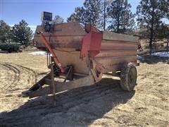 Blair Pull-Type Feed-R-Wagon