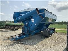 2005 Kinze 1050 Harvest Commander Grain Cart