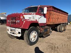 1976 GMC 9500 T/A Grain Truck