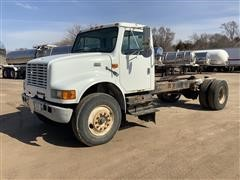 2000 International 4700 S/A Cab & Chassis