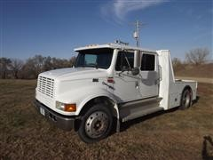 1999 International 4700 S/A Crew Cab Truck Tractor