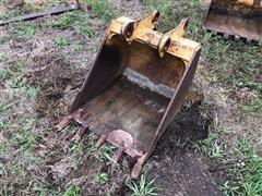"28"" 416 Caterpillar Backhoe Bucket"