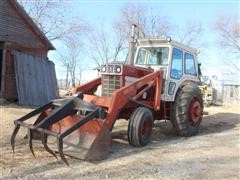 1973 International 1466 2WD Tractor W/Loader