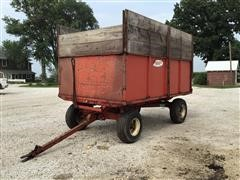 Stan-Hoist Box Hiniker Running Gear Wagon
