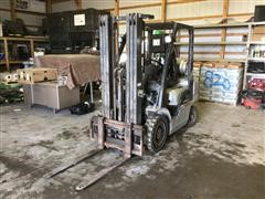 2005 Nissan MPL02A25LV 2WD Forklift