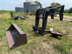 Farmhand XL940 Quick Attach Loader W/Bale Spear & Bucket
