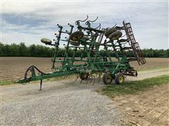 John Deere 980 Field Cultivator Field Cultivator w/ Rolling Basket