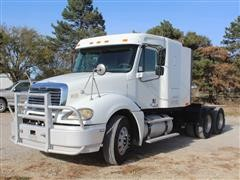 2003 Freightliner Columbia T/A Truck Tractor W/Sleeper