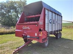 Gehl 980 Silage Wagon