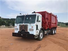 2008 Peterbilt 320 T/A Garbage Truck