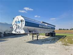 1995 Pacer T/A Feed Delivery Trailer