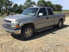 2001 Chevrolet 1500 Extended Cab Pickup