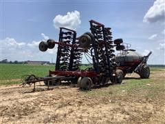 Case IH Precision Disk 40 Drill W/Seed Cart