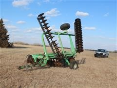 Deutz-Allis 2500 Center Fold 18' Tandem Disk
