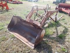 Great Bend 800 WorkMaster Tractor Mounted Loader