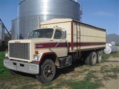 1984 GMC Brigadier T/A Grain Truck