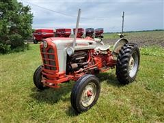 1960 Ford 801 Power Master 2WD Tractor