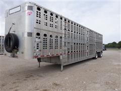 2014 Wilson 53' T/A Spread Axle Multi-Level Livestock Trailer