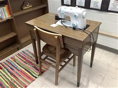 Singer 2263 Sewing Machine W/Table & Chair