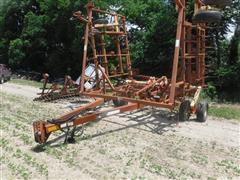 Krause 4241 32' Field Cultivator