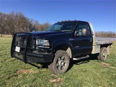 2006 Ford F350XLT Super Duty 4X4 Flatbed Diesel Pickup