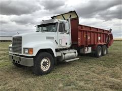 1998 Mack CH613 T/A Truck W/MMI XHD-22 Manure Spreader Box