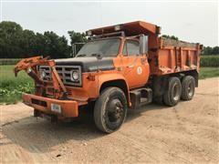 1986 GMC 6500 T/A Dump Truck