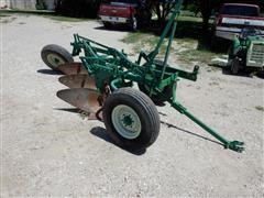 """Oliver 4340 3x16"""" Pull-Type Plow"""