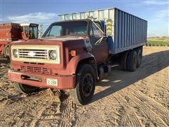 1979 Chevrolet C70 Custom Deluxe T/A Grain Truck