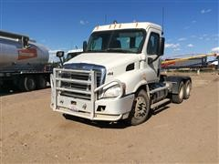2012 Freightliner Cascadia T/A Day Cab Truck