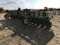 "John Deere 1700 15R20"" Max Emerge Plus Planter"