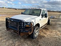 2005 Ford F350 4x4 Pickup (INOPERABLE)