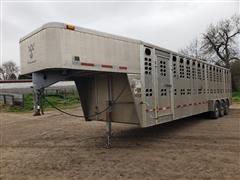 2006 Wilson PSGN 5730T Tri/A Aluminum Livestock Trailer