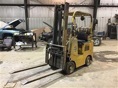 TowMotor 422SLP2524 Forklift