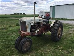 1959 Ford 961 2WD Tractor