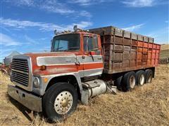 1985 Ford LT9000 Tri/A Grain Truck (INOPERABLE)