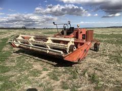 Hesston 6400 Self-Propelled Windrower